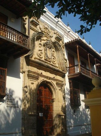 Plaza Bolivar : Palacio de la Inquisicion