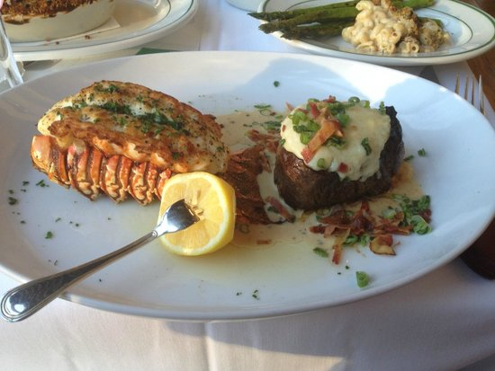 Smith & Wollensky - Philadelphia: Filet & Lobster Tail