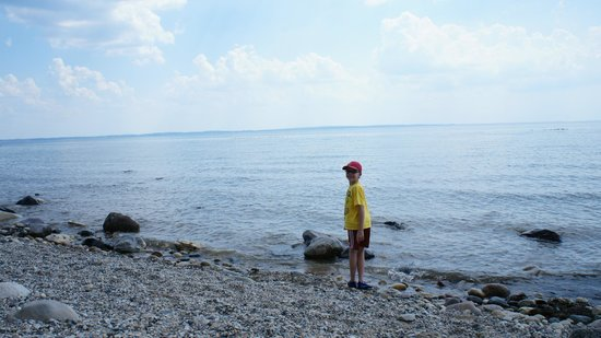 Thorne Swift Nature Preserve: Plenty of rocks on the beach
