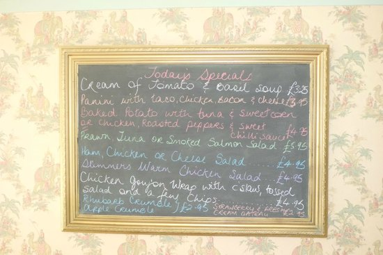 Gray's Tea Rooms Strabane: All Day Food at reasonable prices.