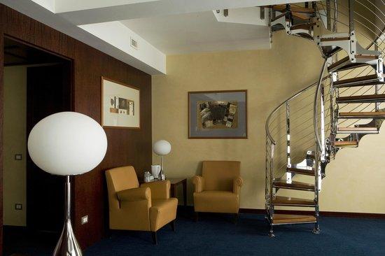 NH Roma Leonardo da Vinci: Guest Room - Suite