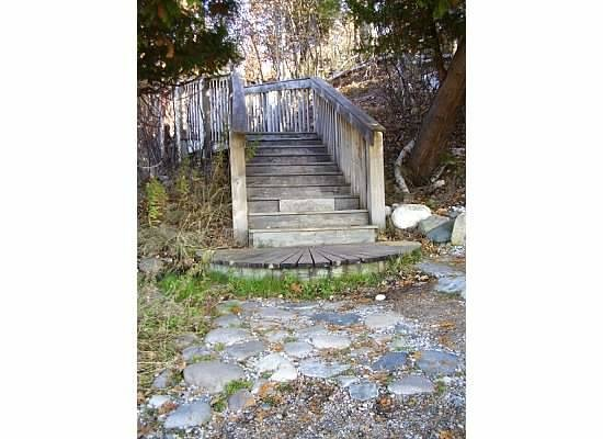 Thorne Swift Nature Preserve: Steps to the beach