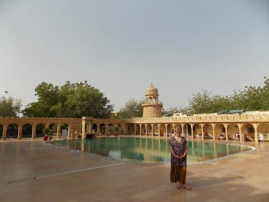 the pool at the fort rajwada
