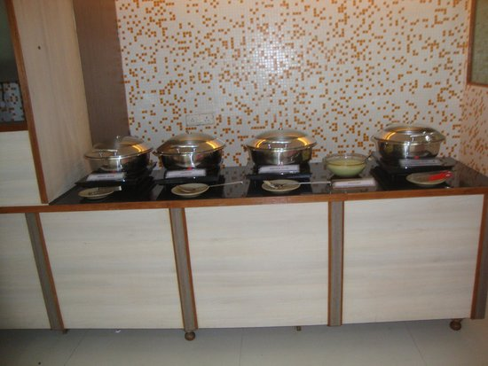 Hotel Colva Kinara: Breakfast buffet items