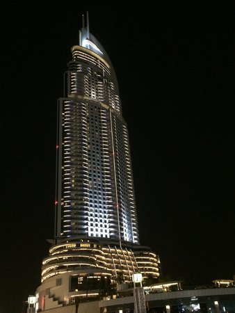 Dubai Fountains: 漂亮的山寨版帆船大樓