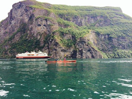 Active Geiranger: Hurtigruten in the background