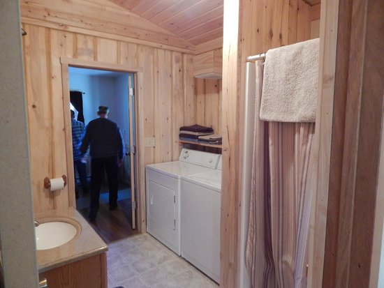 Homestead Guest Cabins: Bathroom (stall shower with laundry) in cabin #3