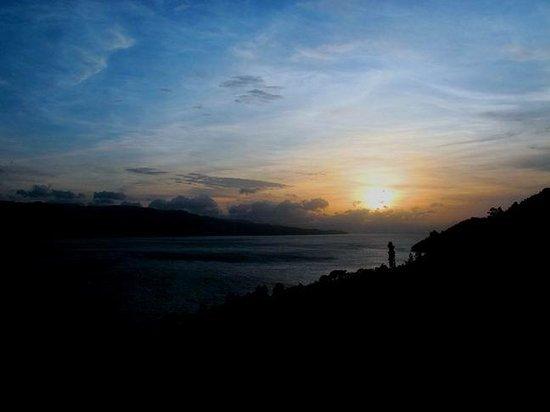 Parapat, อินโดนีเซีย: Memandang Sunset