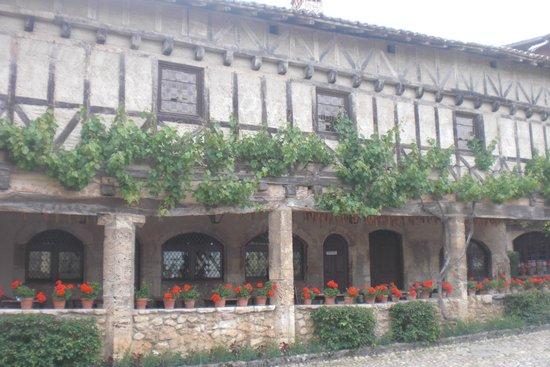 Cite medievale: Restaurant