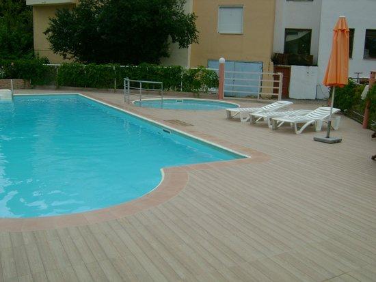 Marialena Hotel: swimming pool
