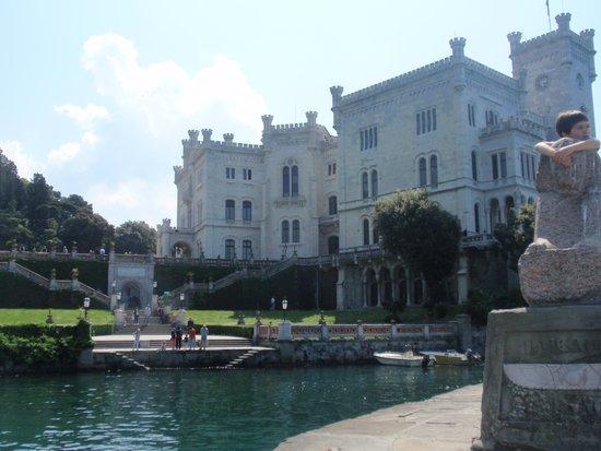 Castello di Miramare - Museo Storico: dal molo