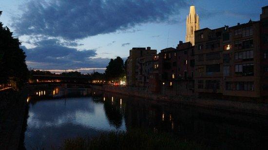 Catedral de Girona: Сам собор ночью