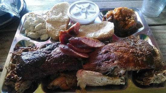 The Shed Barbeque & Blues Joint: Super combo platter
