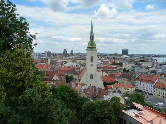 Casco antiguo: view from Bratislava castle