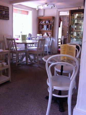 Tea at the Bridge: Inside the cafe