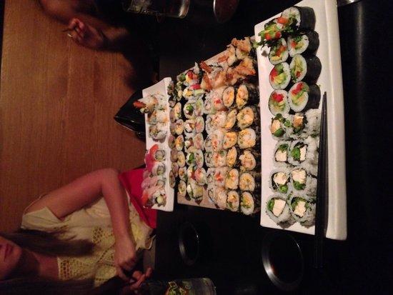 Wasabi Sushi Bar: Goonie roll is the best!!!