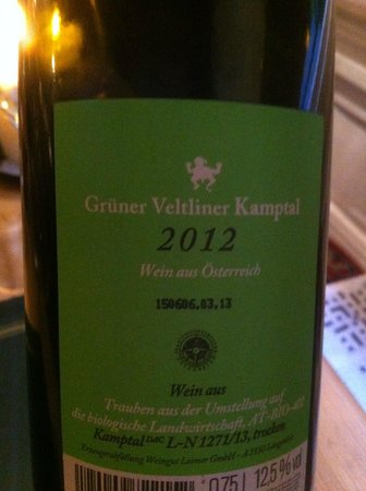 Yanwath Gate Inn: Big surprise...excellent Austrian wine..