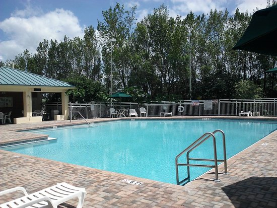View Of The Pool From Our Balcony Picture Of Vacation Village At Bonaventure Weston Tripadvisor