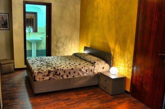 B&B Aria Dell' Etna: La stanza del Sole
