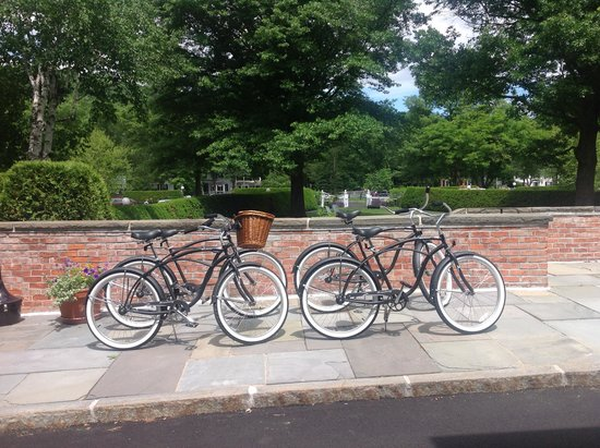 Woodstock Inn and Resort: Bicyles at the Inn... just ask and you may use them!