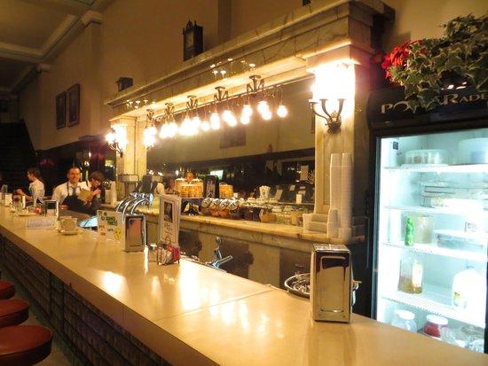 Bluebird Restaurant: The Bluebird