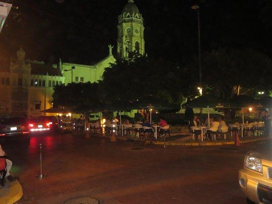 Casco Viejo: Dinner Al Fresco