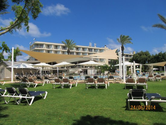 Dan Hotels Caesaria: View from the pool