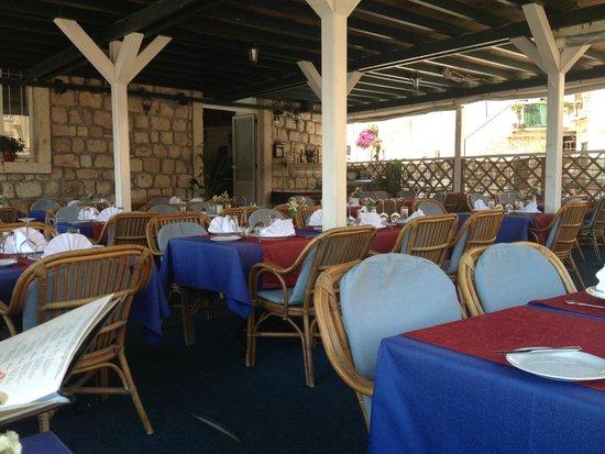 Orhan: restaurante