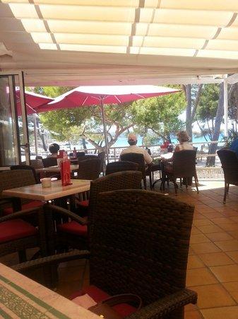 Schwarzwald Cafe: Mittags kommen, da sind noch Tische frei..