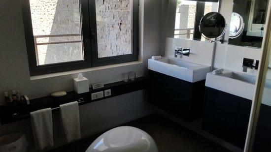 Baystone Boutique Hotel & Spa : bathroom