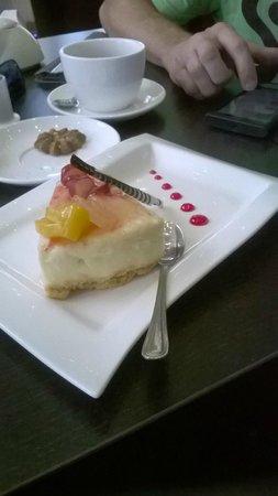 Tsavorite Cafe: cheesecake