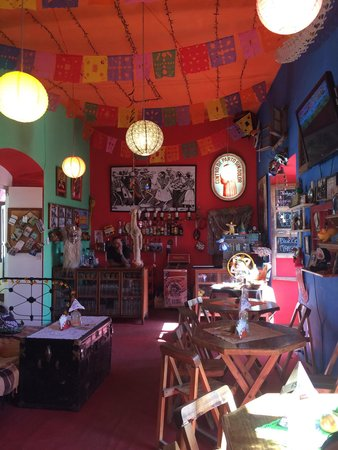 Kalakitas Mexican Food n' Drinks: Quirky decor but fantastic food.