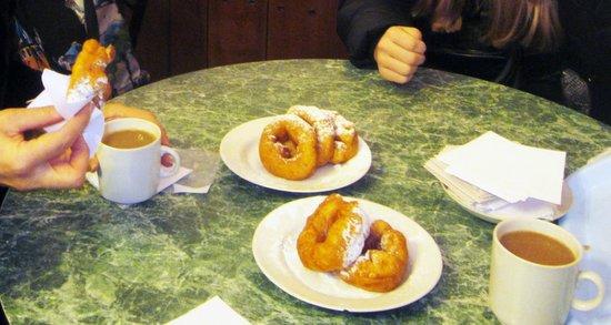 Pyshechnaya: пышки в сахарной пудре, как в детстве ))))