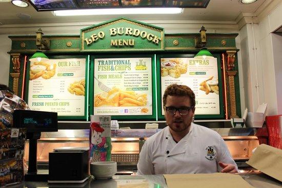 Leo Burdock's: Inside - with cute employees!