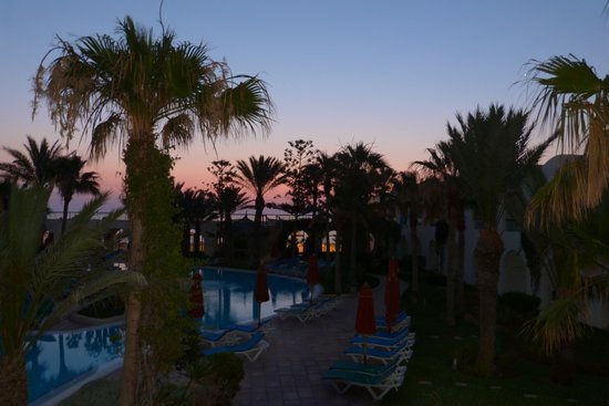 SENTIDO Djerba Beach : kurz vor Sonnenaufgang