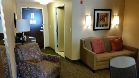 SpringHill Suites Pueblo Downtown: Sitting area