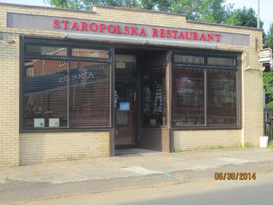 Staropolska Restaurant: Entrance