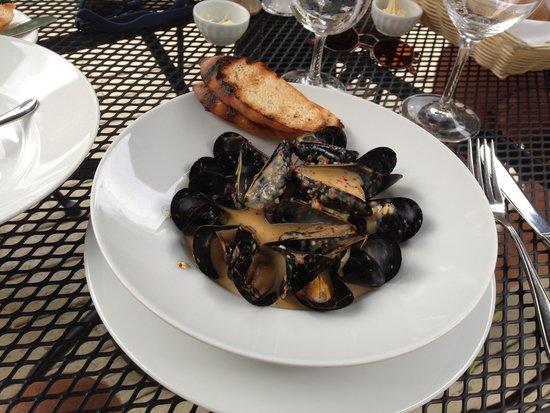Westover Inn: Mussels devine