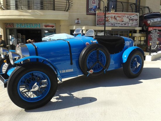 Malta Classic Car Collection Museum : Piekne Bugati