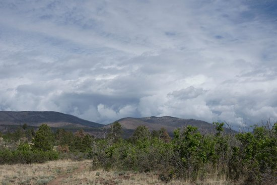 Outspire Hiking and Snowshoeing: burnt mesa view before storm