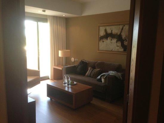 Protur Biomar Gran Hotel & Spa: Lounge in suite 230