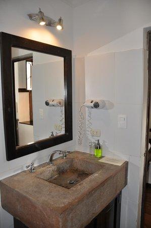 El Albergue Ollantaytambo: Baño habitación 12
