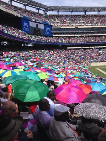 MetLife Stadium: Sea of Umbrellas at International Convention