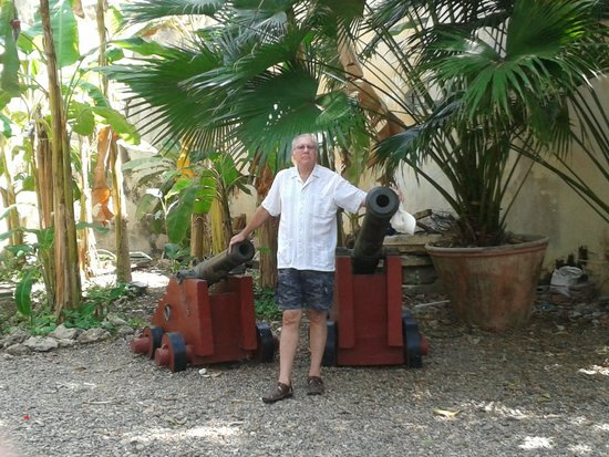 Museo Historico de Cartagena de Indias : Los cañones