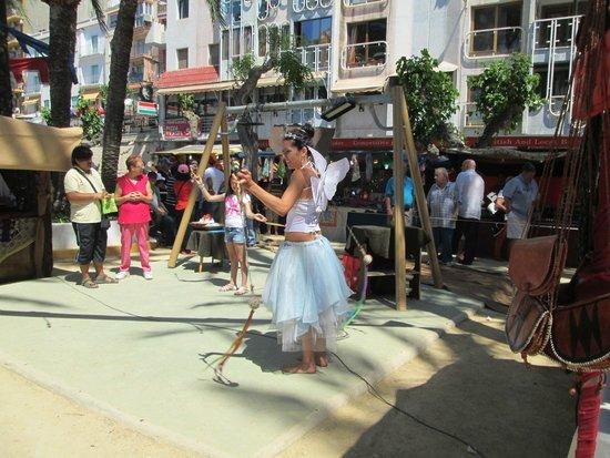 Playa de Poniente: Near the craft market