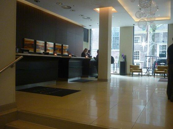 Renaissance Amsterdam Hotel: Lobby
