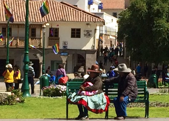 Plaza de Armas (Huacaypata): Local color