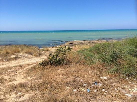Riserva Naturale del Fiume Irminio: mare