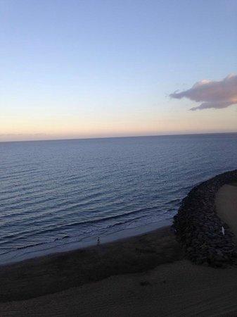 IFA Continental Hotel : beach view
