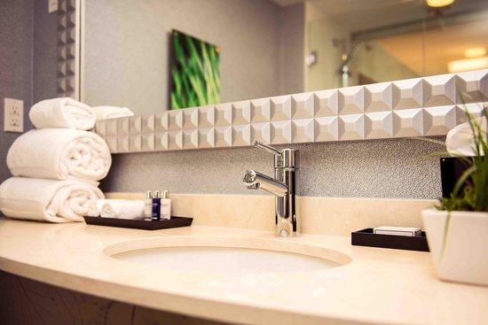 Hotel BLU: Washrooms